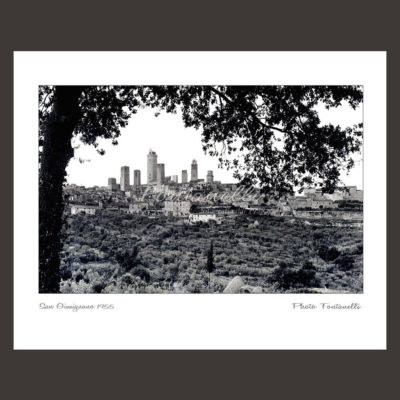 historic picture san gimignano tuscany black and white 52