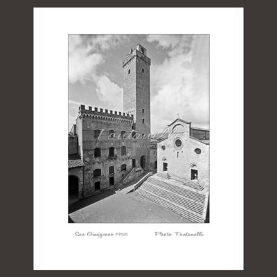 historic picture san gimignano tuscany black and white 32