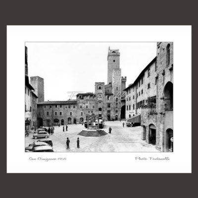 historic picture san gimignano tuscany black and white 29