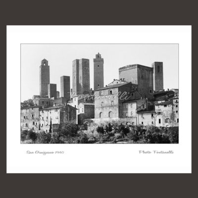 historic picture san gimignano tuscany black and white 27