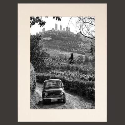 Campagna San Gimignano con Fiat 500 Toscana