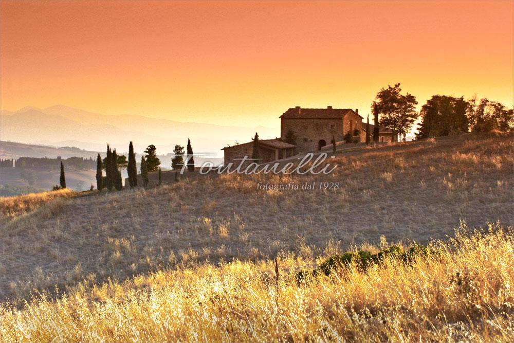 Foto casa all 39 alba di volterra toscana foto fontanelli for 30x40 planimetrie della casa