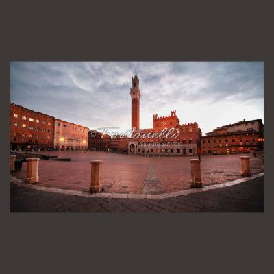 Foto di Siena, Piazza del Campo all'alba