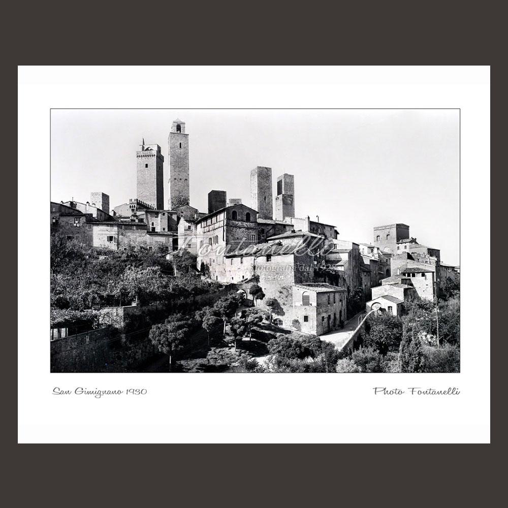 historic picture san gimignano tuscany black and white 60