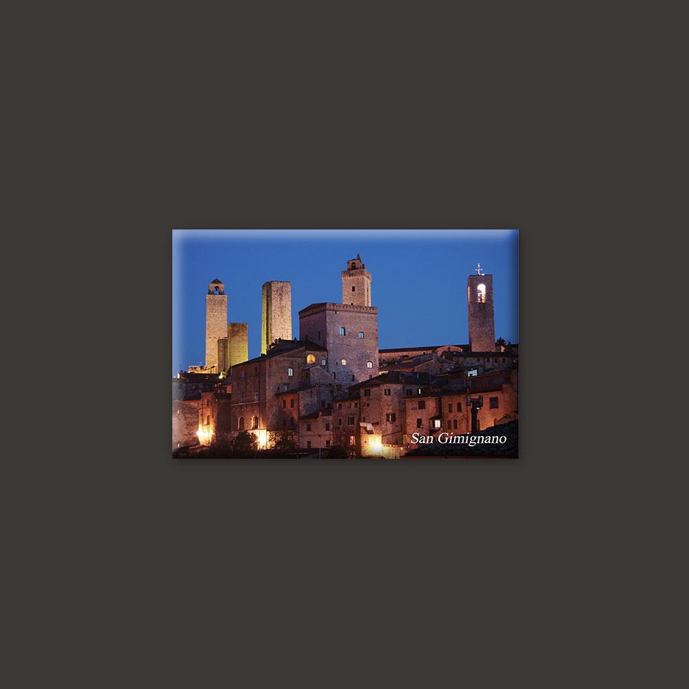 San Gimignano Tuscany by night magnet