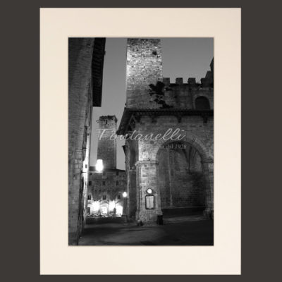 San Gimignano and Tuscany black and white picture for sale 9