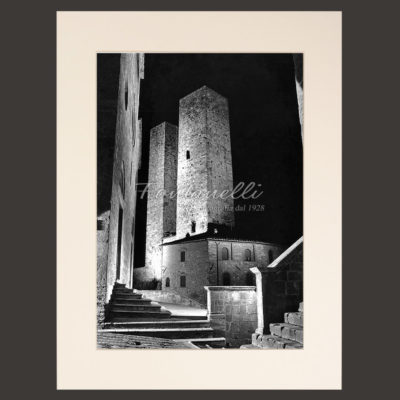 San Gimignano and Tuscany black and white picture for sale 2